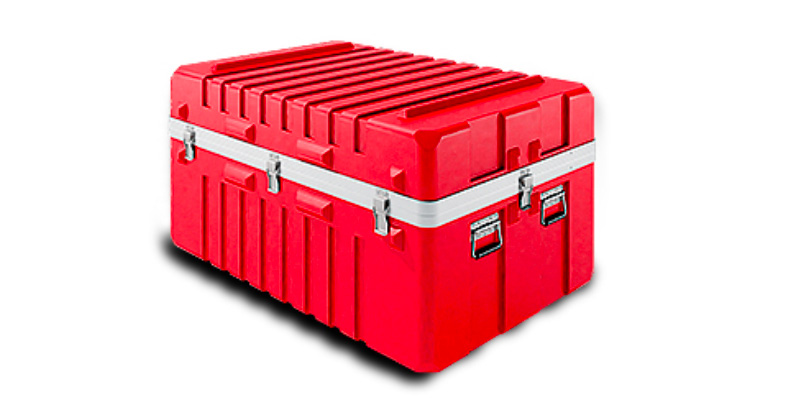 Watertight Single Lid Cases offer 20% more protective material in the edges and corner